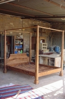 SHEESHAM WOOD POSTER BED